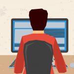 Hombre trabajando en computadora
